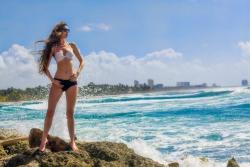 Caribic Beach - Model Lara von Kaenel